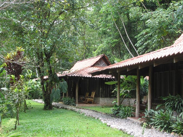 Equinas Rainforest Lodge